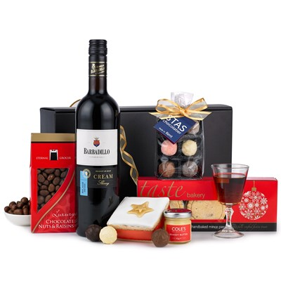 Buy The Festive Warmer Hamper With Home Delivery