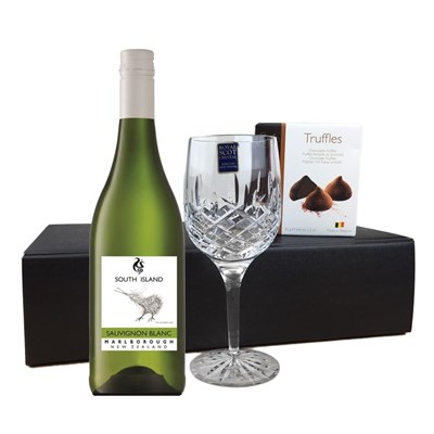 South Island Sauvignon Blanc - New Zealand, Flute And Chocolate Gift box