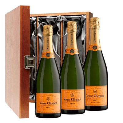Veuve Clicquot Yellow Label Brut Champagne Bottle - Veuve Gift Box Treble Luxury Gift Boxed Champagne