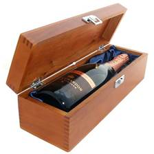 Buy & Send Moet & Chandon Vintage Rose 2008 Luxury Gift Boxed Champagne