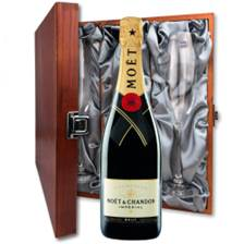 Buy & Send Moet & Chandon Brut Imperial And Flutes In Luxury Presentation Box